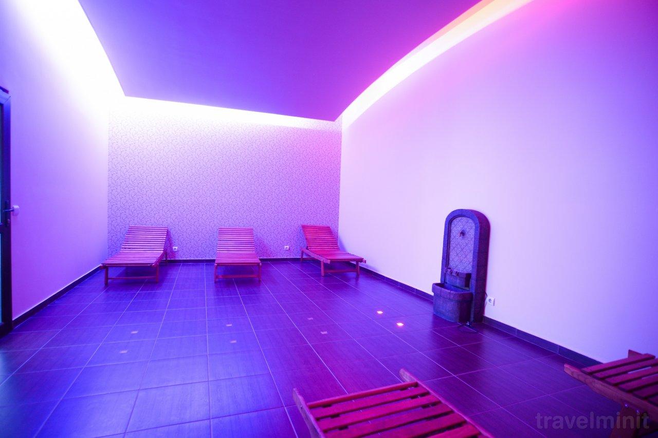 Hotel afrodita resort spa herkulesf rd 40770665564 for Hotel spa 13