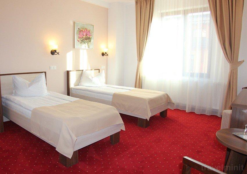 Hotel Stefani - room photo 10875470